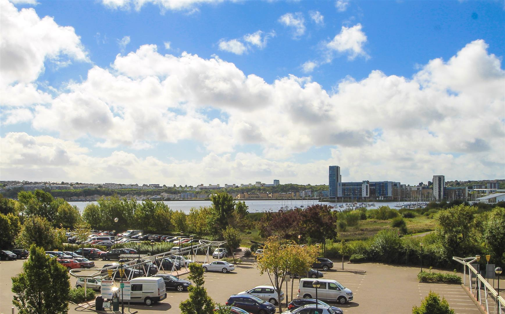 1 Bedroom Apartment Flat for sale in Sovereign Quay, Cardiff Bay